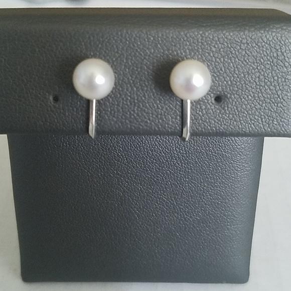 Mikimoto Jewelry - Mikimoto 7mm Pearl Screwback Earrings
